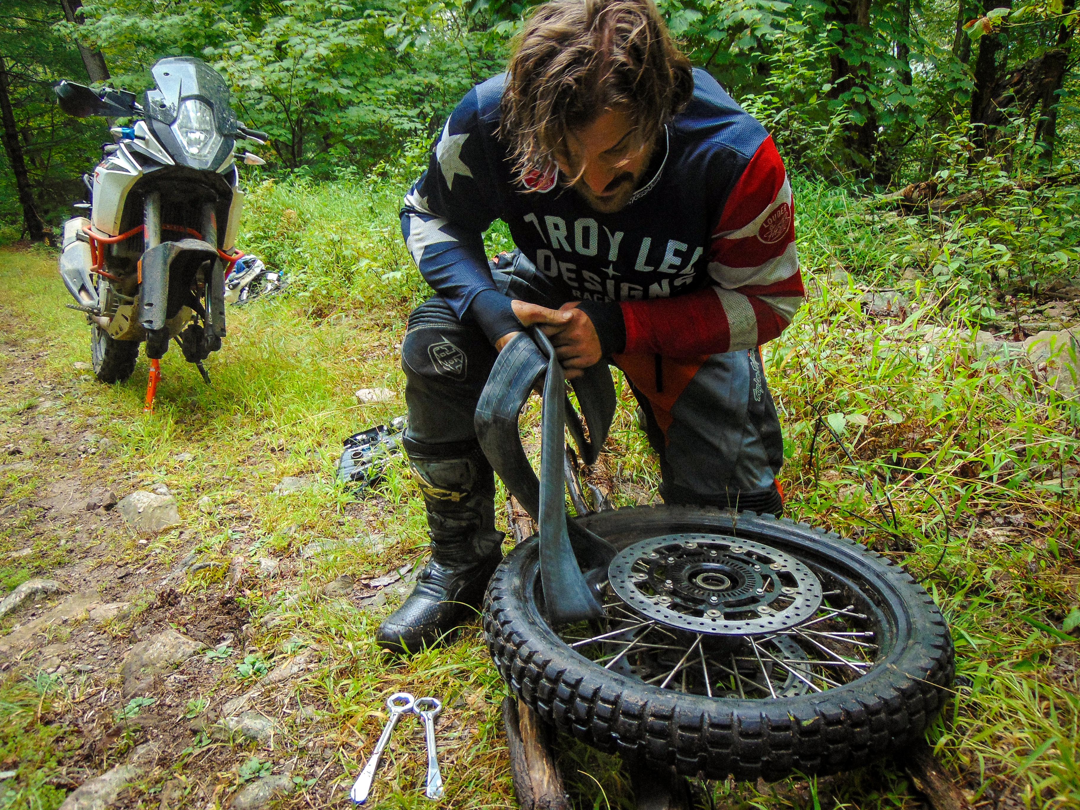 2017 KTM 1090 Adventure R review - RevZilla
