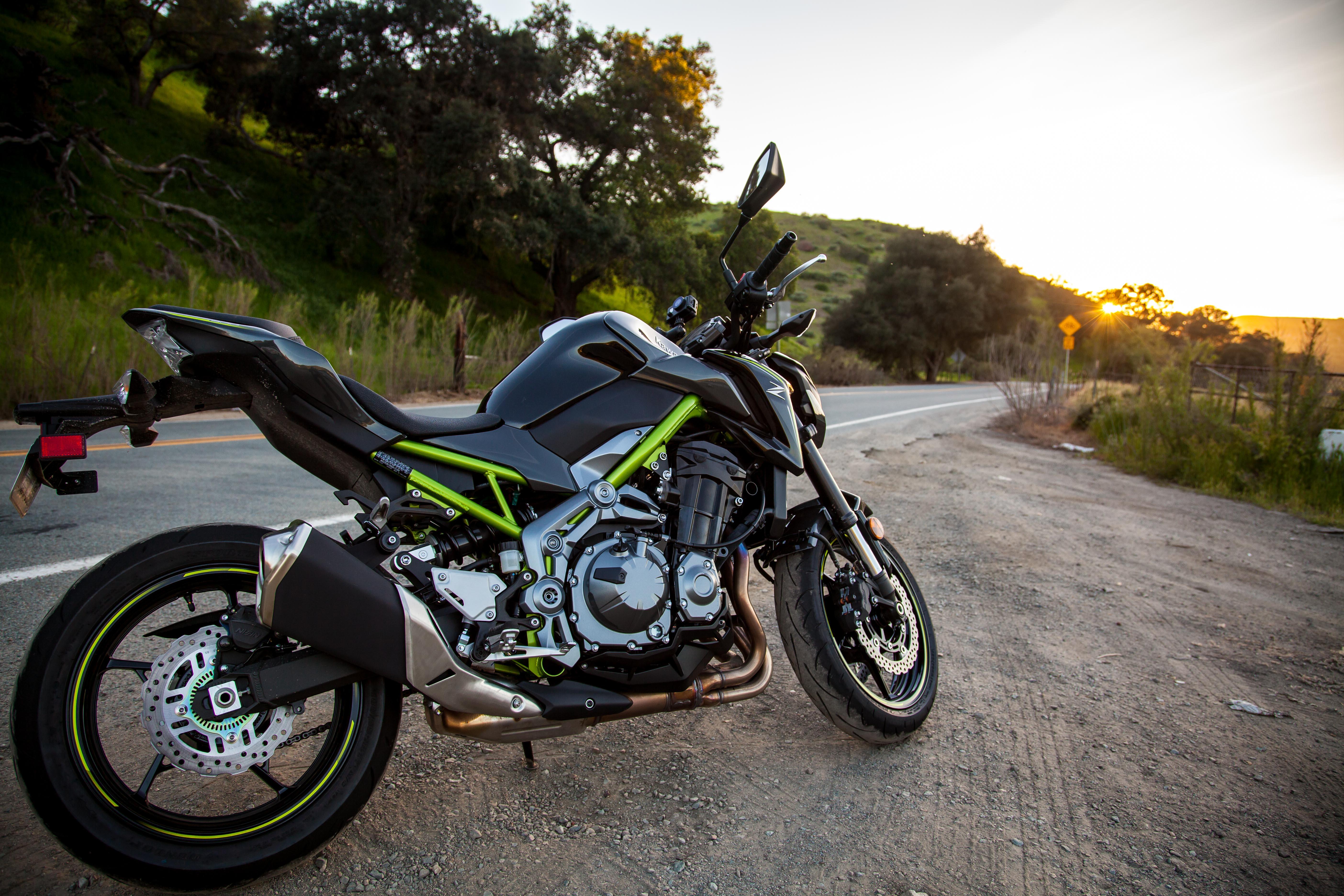 You Needed To Know Kawasaki Z900 Edition Revzilla