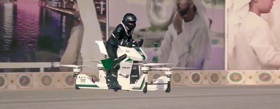 Dubai_flying_police_motorcycle-2