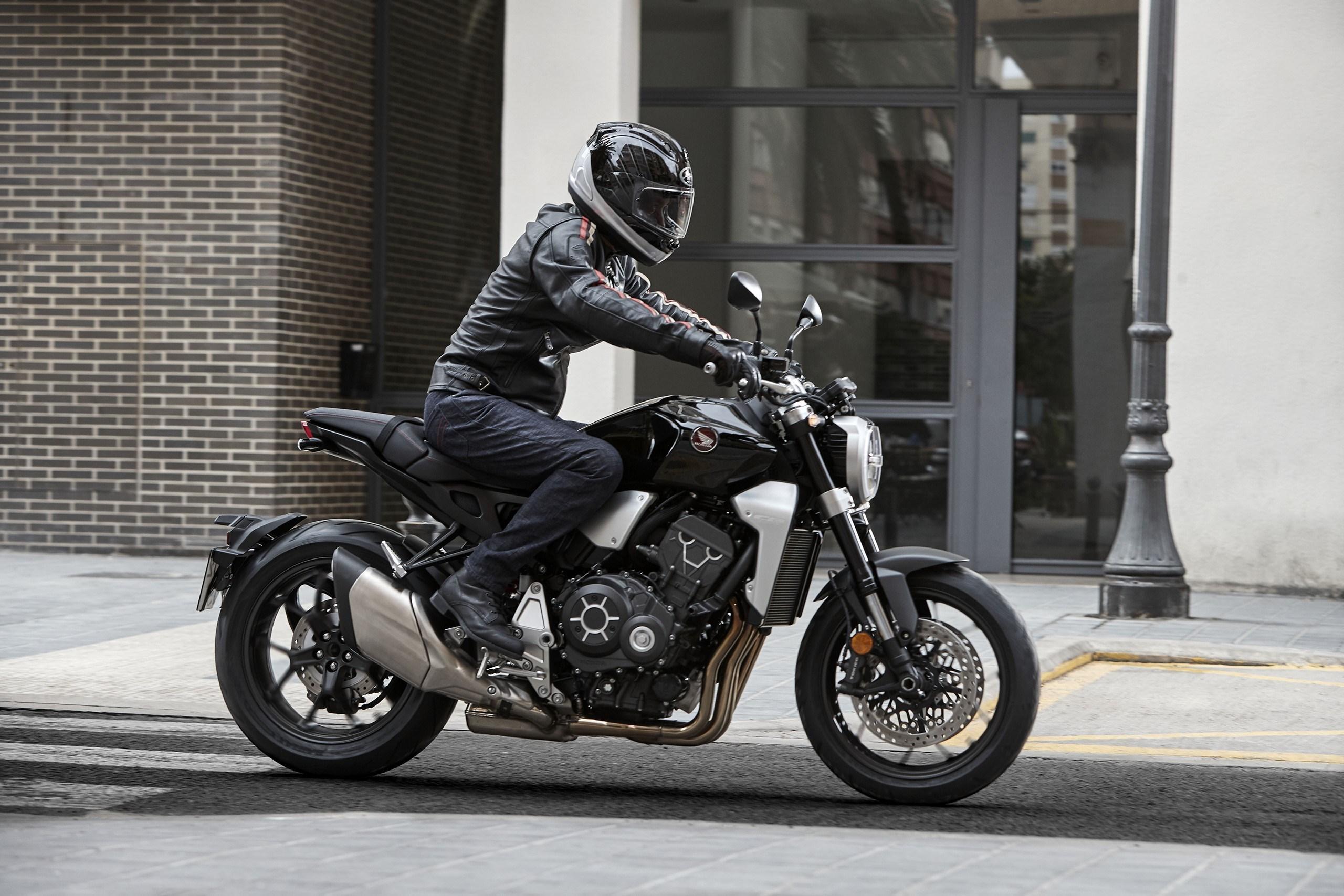 2018 Honda CB1000R first look - RevZilla