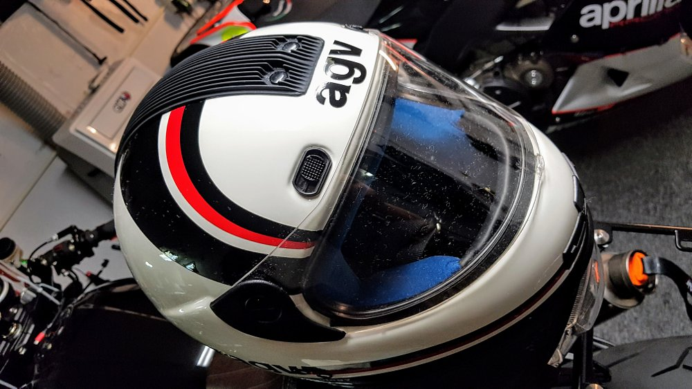 Would you buy an air-conditioned helmet?