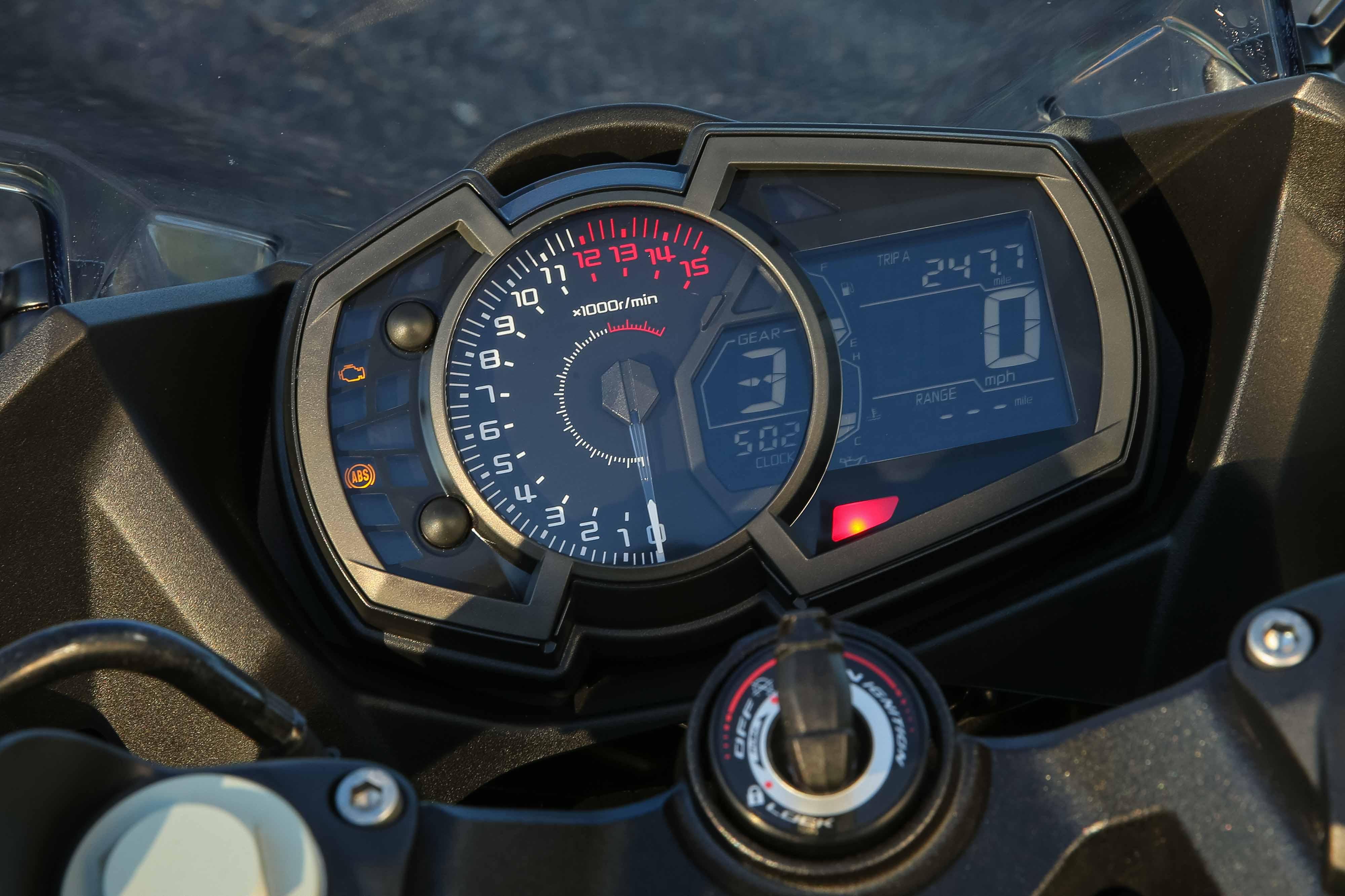 Replacing dash : motorcycles