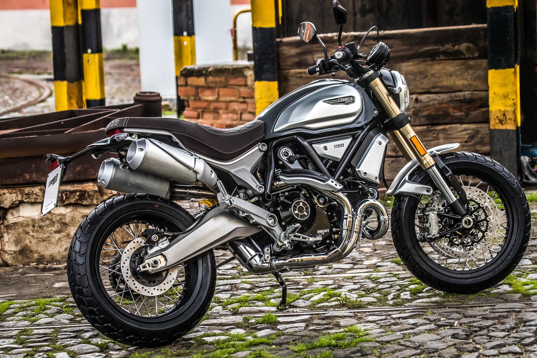 Ducati 1100 Scrambler >> 2018 Ducati Scrambler 1100 First Ride Review Revzilla