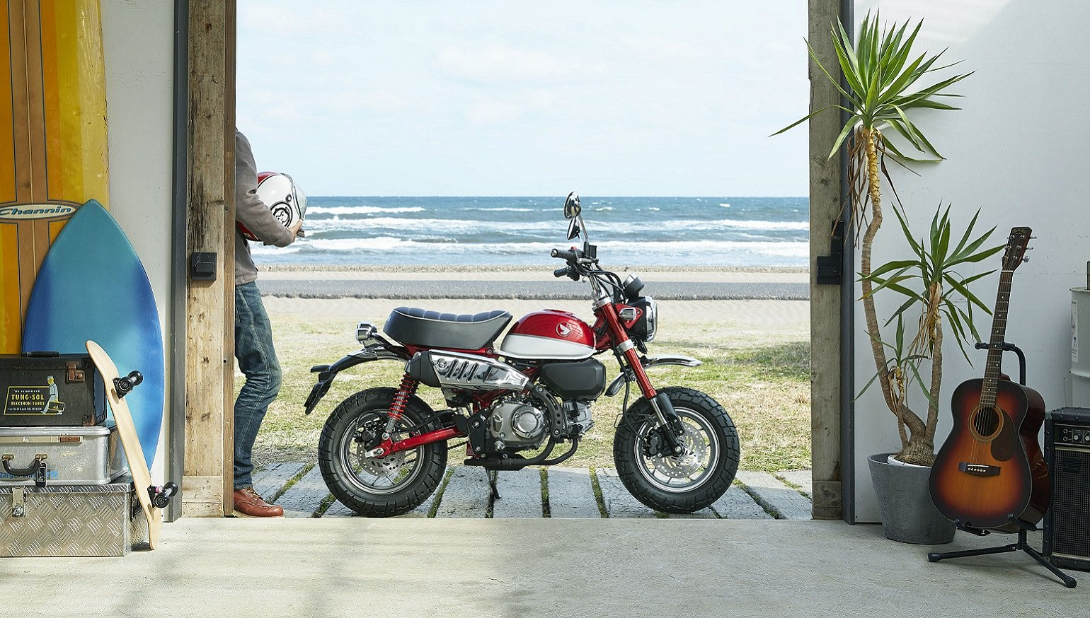 Nice Revisited Honda Reaches Into Past Brings New Monkey And Super