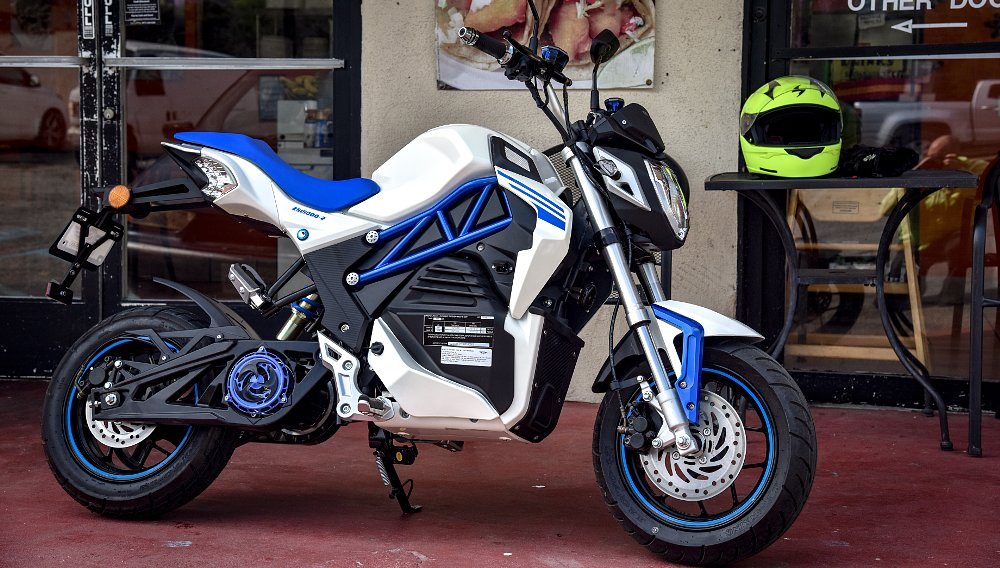 CSC introduces its first electric motorcycle, the City Slicker, at $1,995