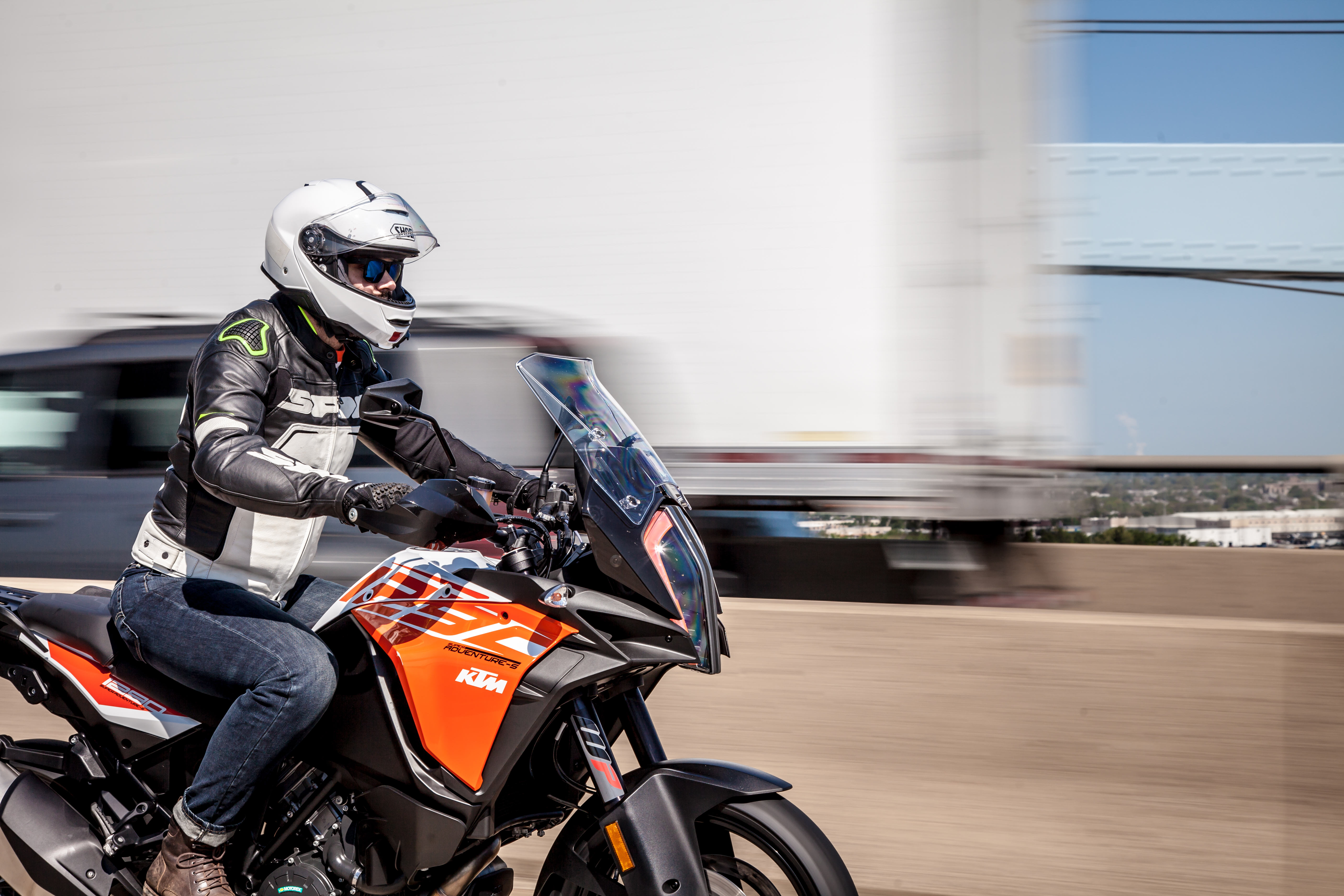 2018 KTM 1290 Super Adventure S first ride review - RevZilla