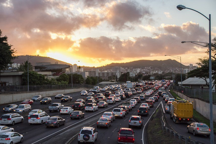 Hawaii tries an alternative to lane splitting