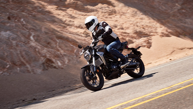 2019 Honda CB300R first ride review - RevZilla