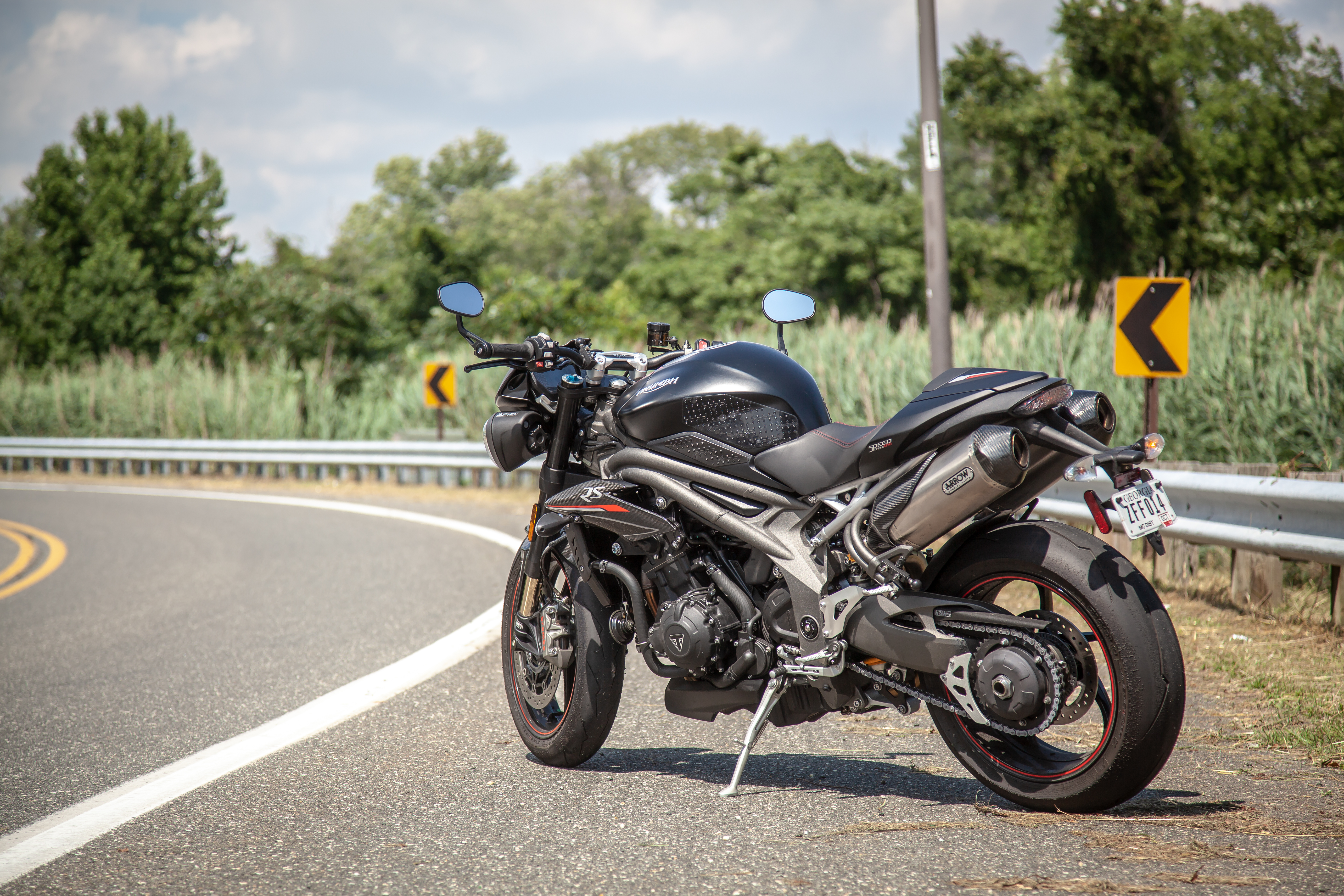 Awe Inspiring 2018 Triumph Speed Triple Rs First Ride Review Revzilla Ibusinesslaw Wood Chair Design Ideas Ibusinesslaworg