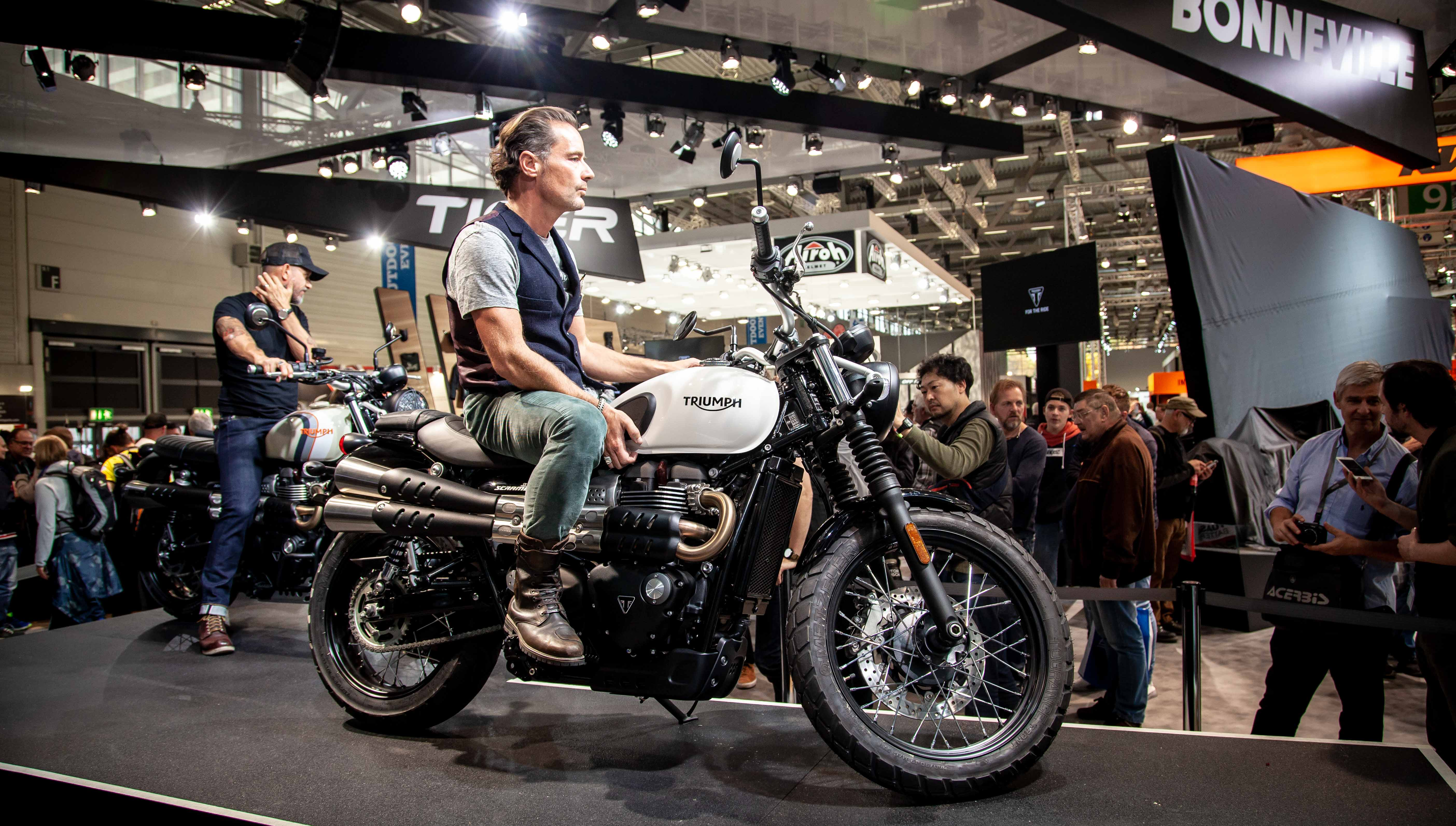 Triumph Announces Updated 2019 Bonneville Street Twin And Street