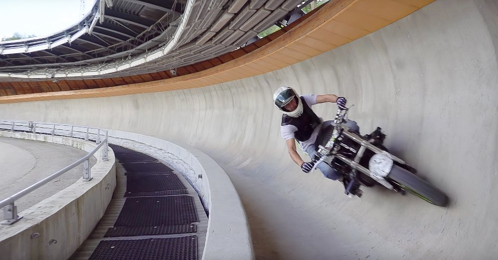 Video: Riding a motorcycle down a bobsled course
