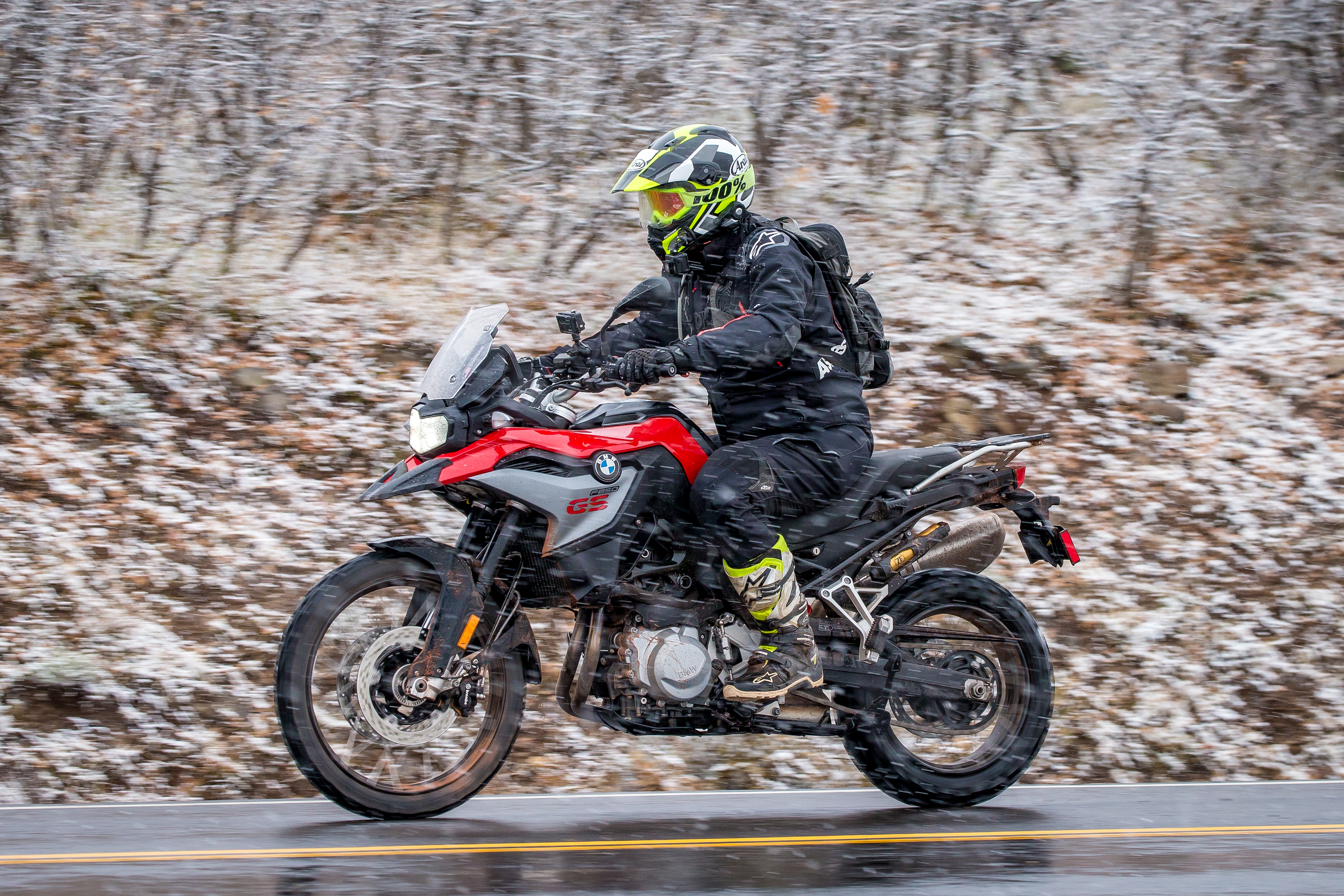 Fabulous 2019 Bmw F 850 Gs First Ride Review Revzilla Unemploymentrelief Wooden Chair Designs For Living Room Unemploymentrelieforg