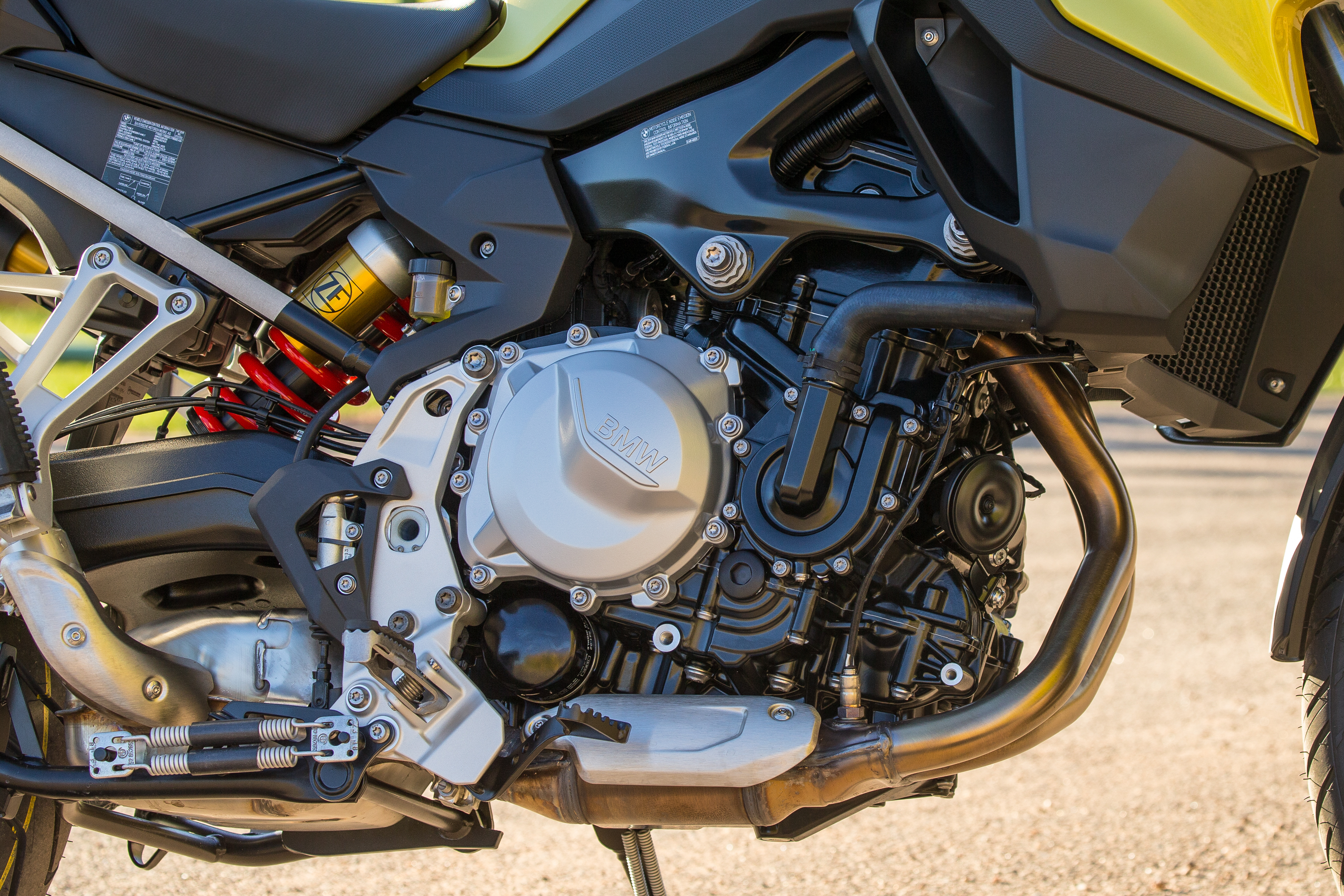2019 BMW F 750 GS first ride review - RevZilla
