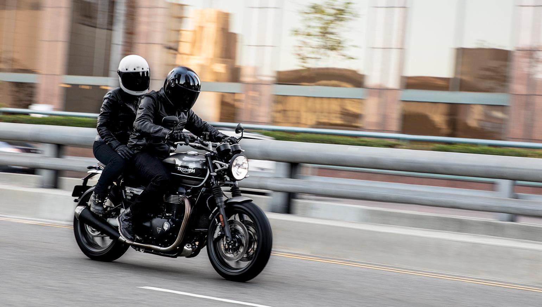2019 Triumph Speed Twin First Look Revzilla