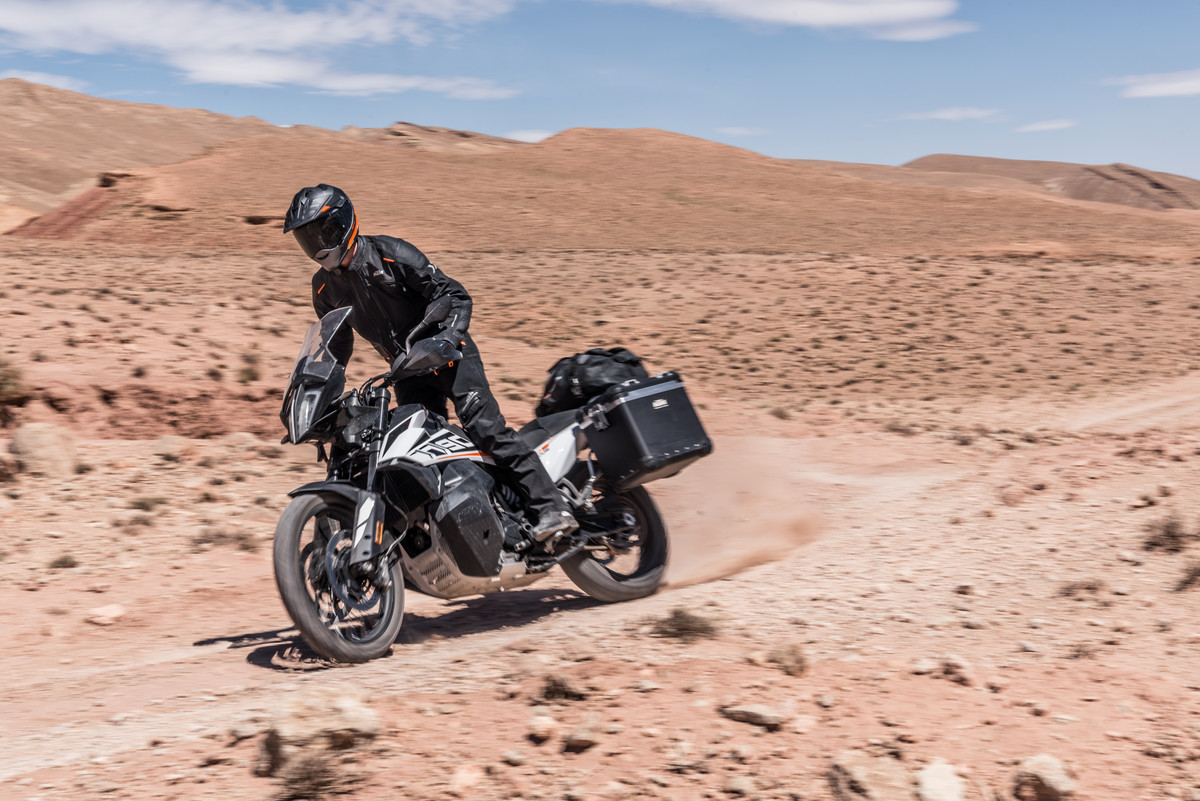 a7ea6e73d The KTM 790 Adventure R is priced to dominate the off-road adventure ...