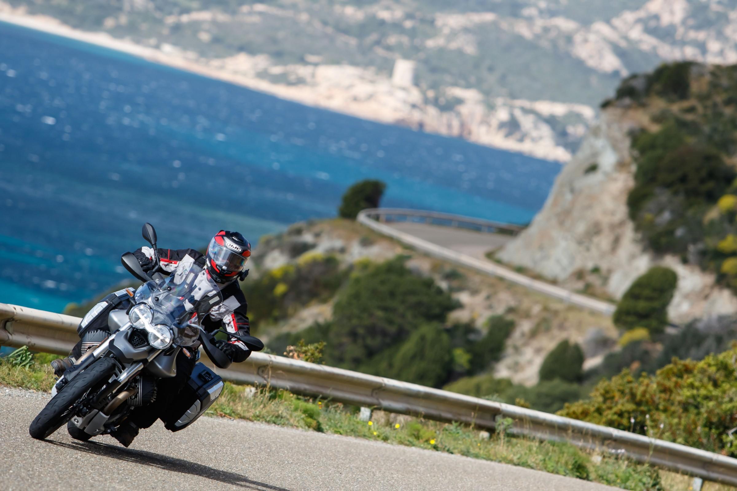 d2604b5bf380 2020 Moto Guzzi V85 TT first ride review - RevZilla