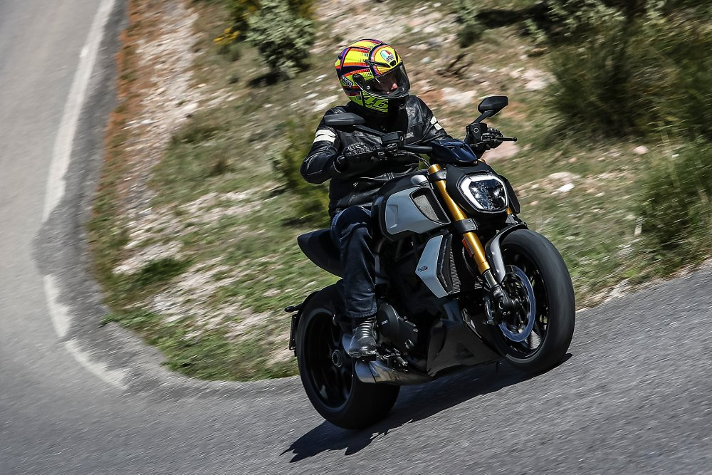 2019 Ducati Diavel 1260 S First Ride Review Revzilla
