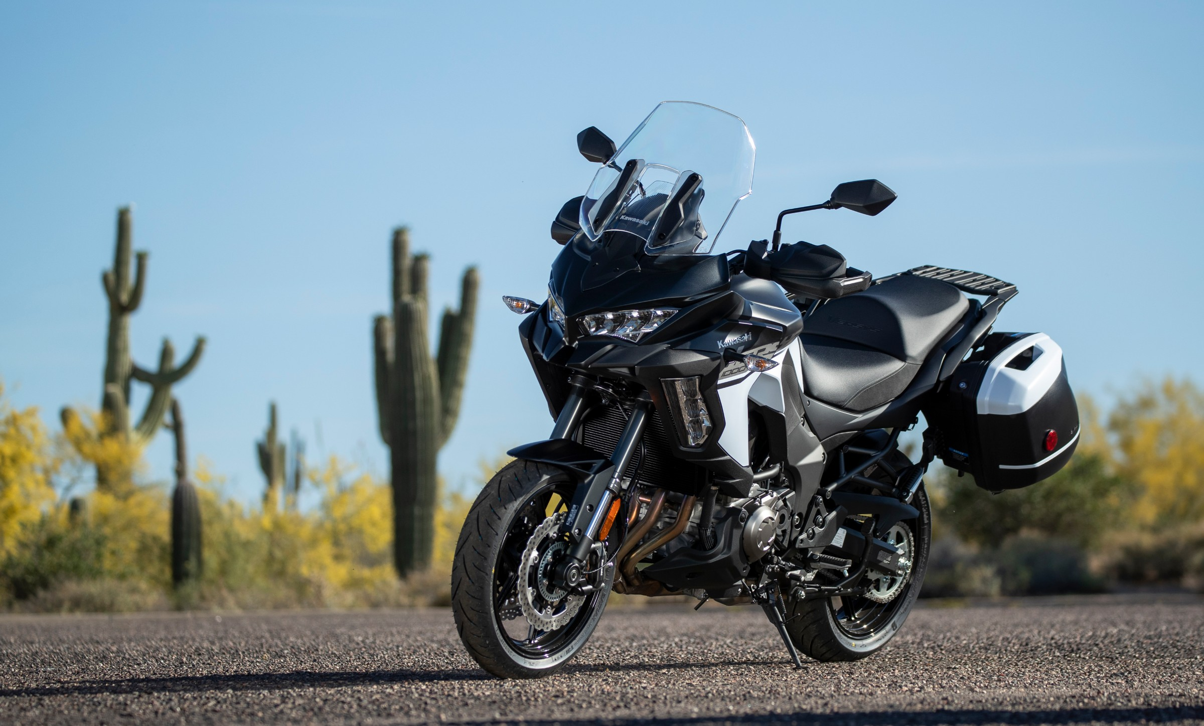 2019 Kawasaki Versys 1000 SE LT+ first ride review - RevZilla
