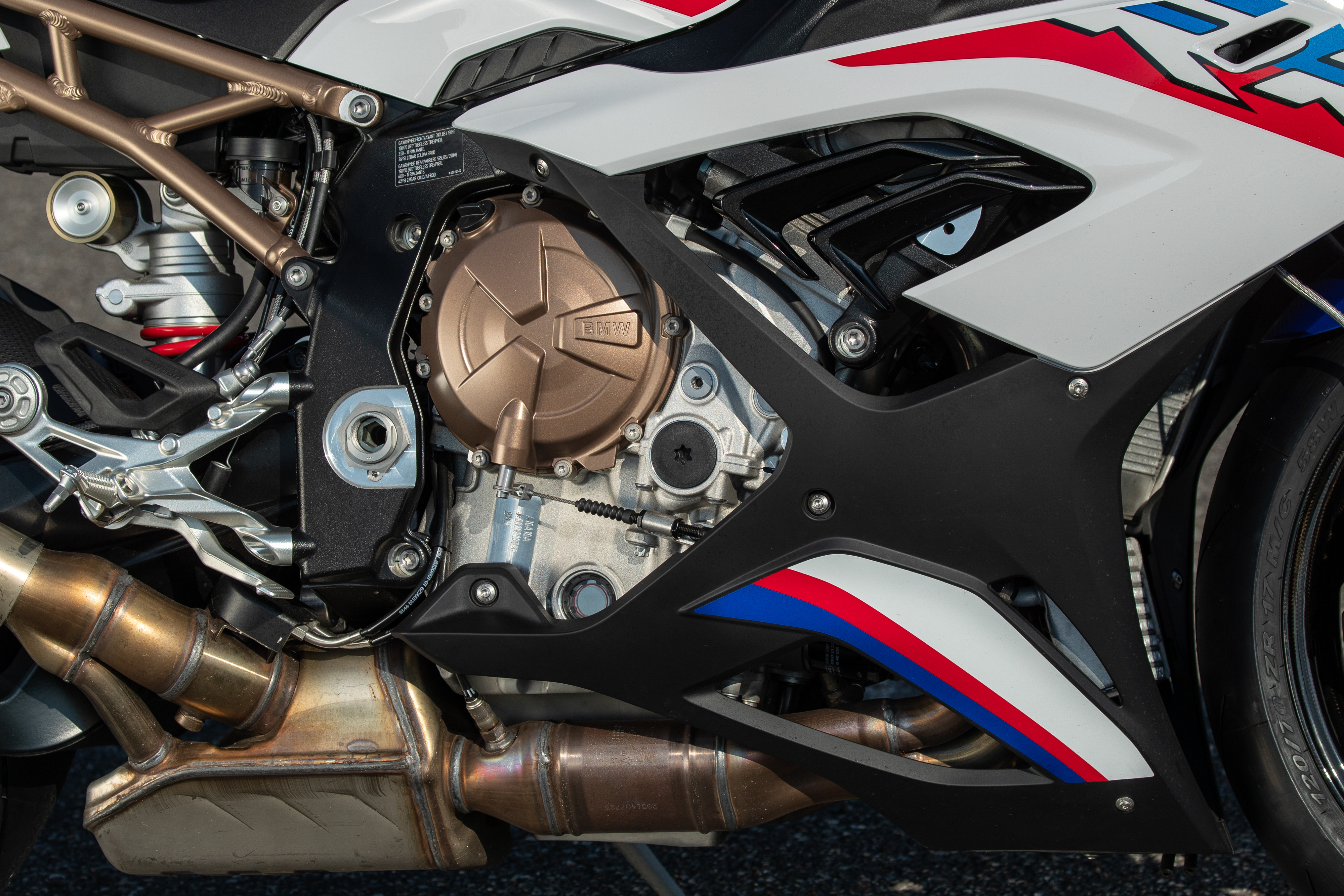 2020 BMW S 1000 RR first ride review - RevZilla
