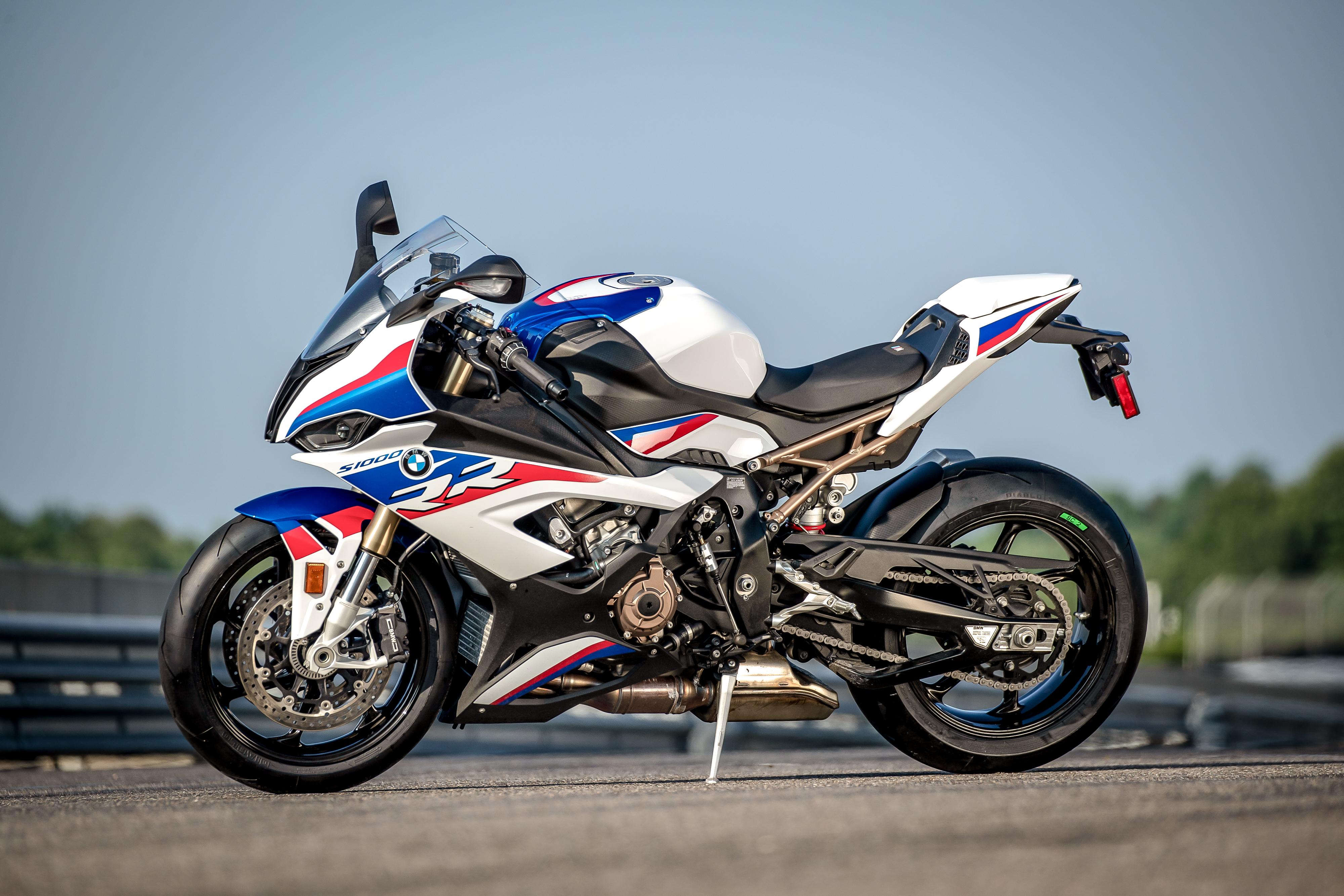 Miraculous 2020 Bmw S 1000 Rr First Ride Review Revzilla Frankydiablos Diy Chair Ideas Frankydiabloscom
