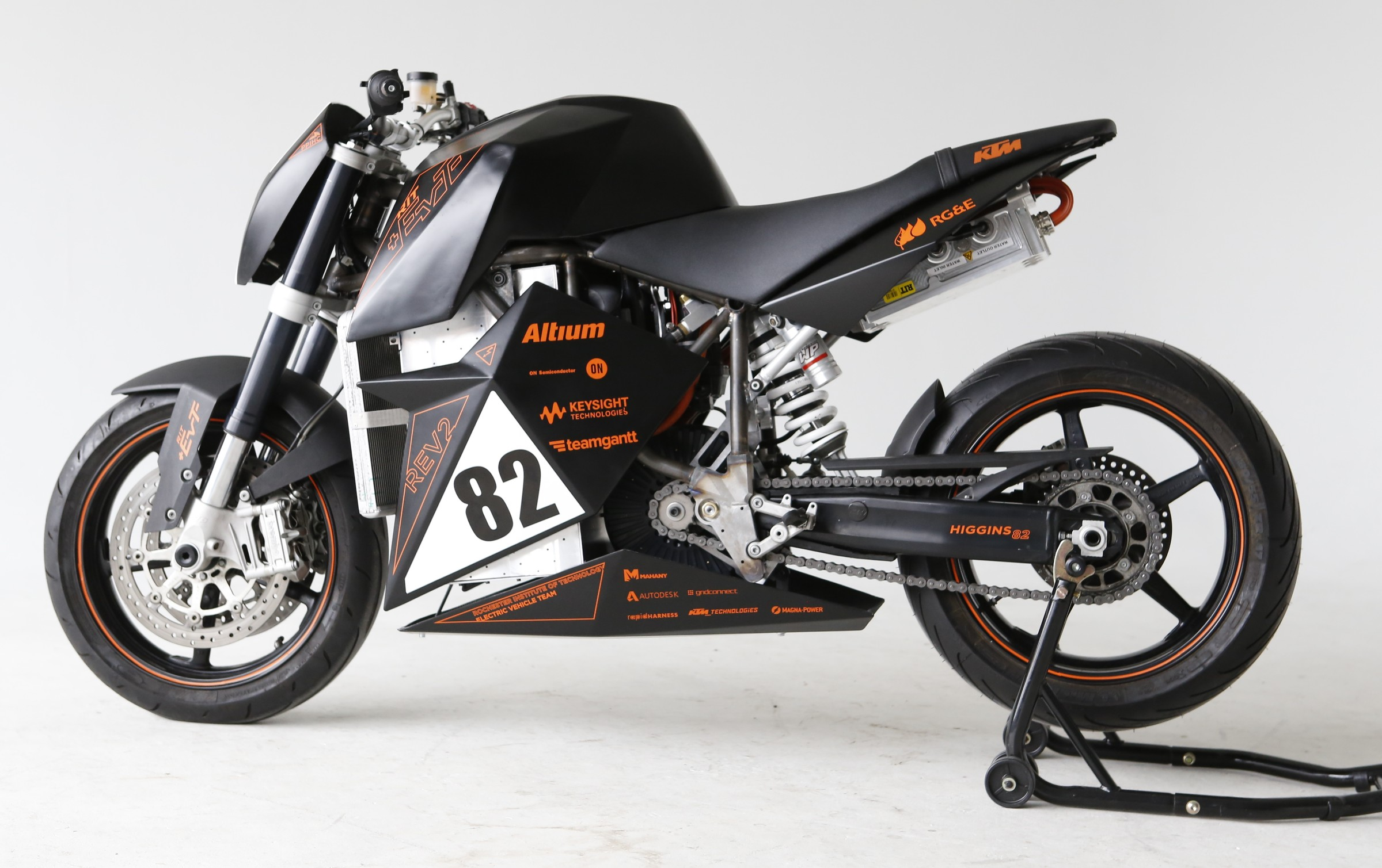 True RIT: Student team builds an electric-powered Duke to take on