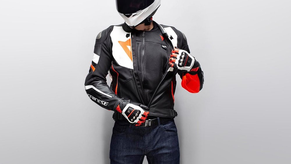 Do I need a wearable motorcycle airbag? Which one should I get?