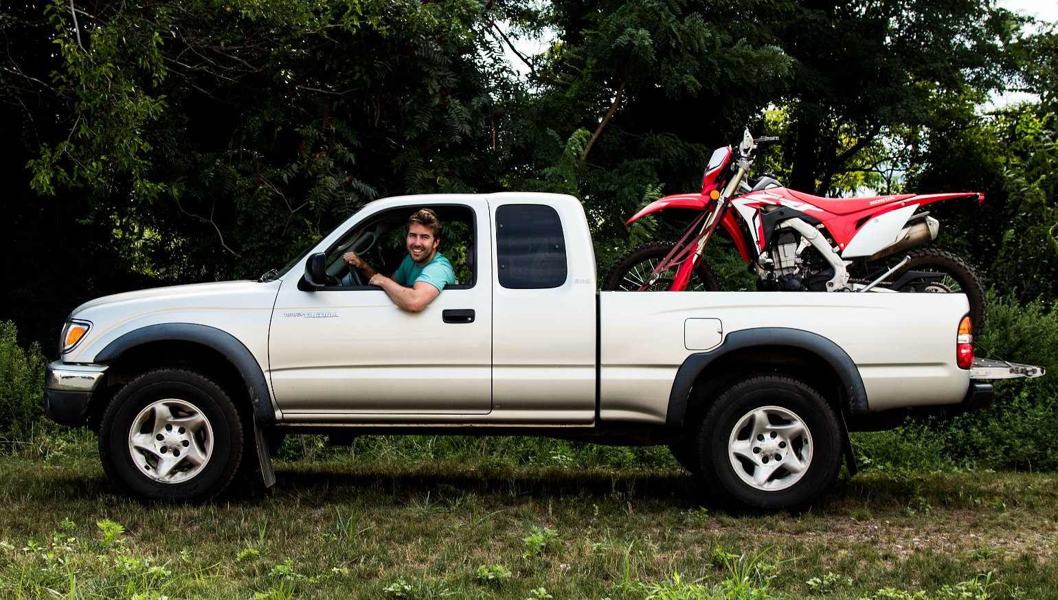 How to load a dirt bike into a pickup truck