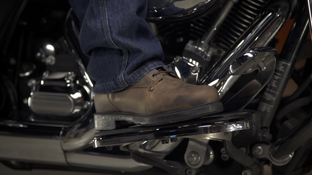 How to size and buy motorcycle boots
