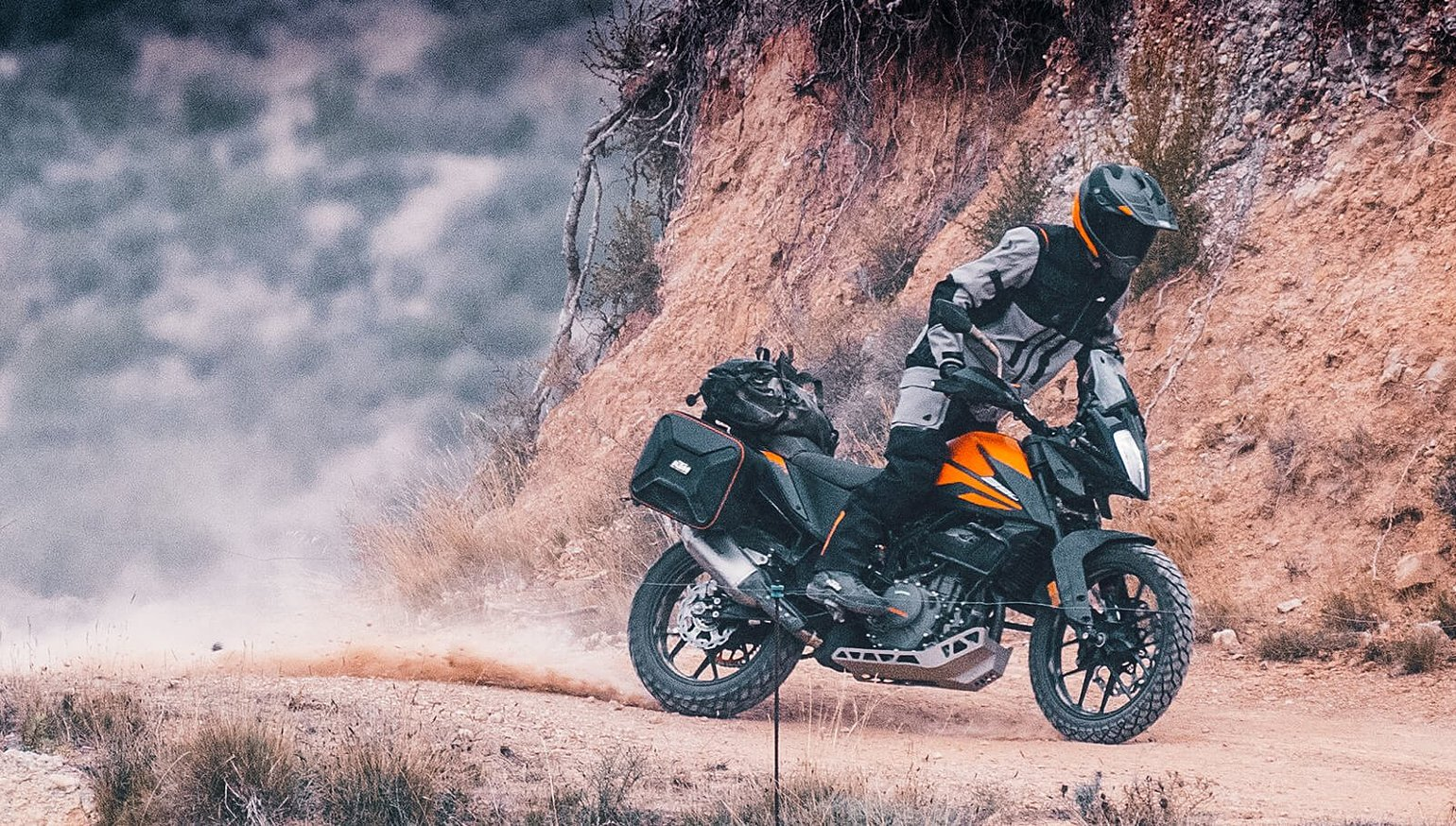 2020 KTM 390 Adventure and 790 Adventure R Rally first look