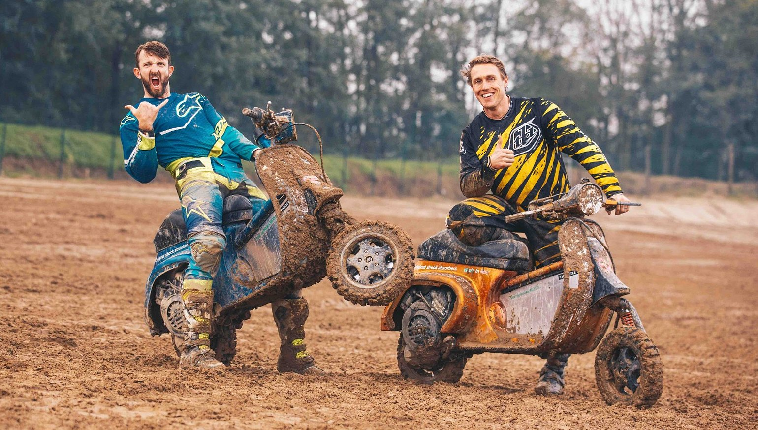 Vespacross Racing Vintage Scooters On A Motocross Track In Italy Revzilla