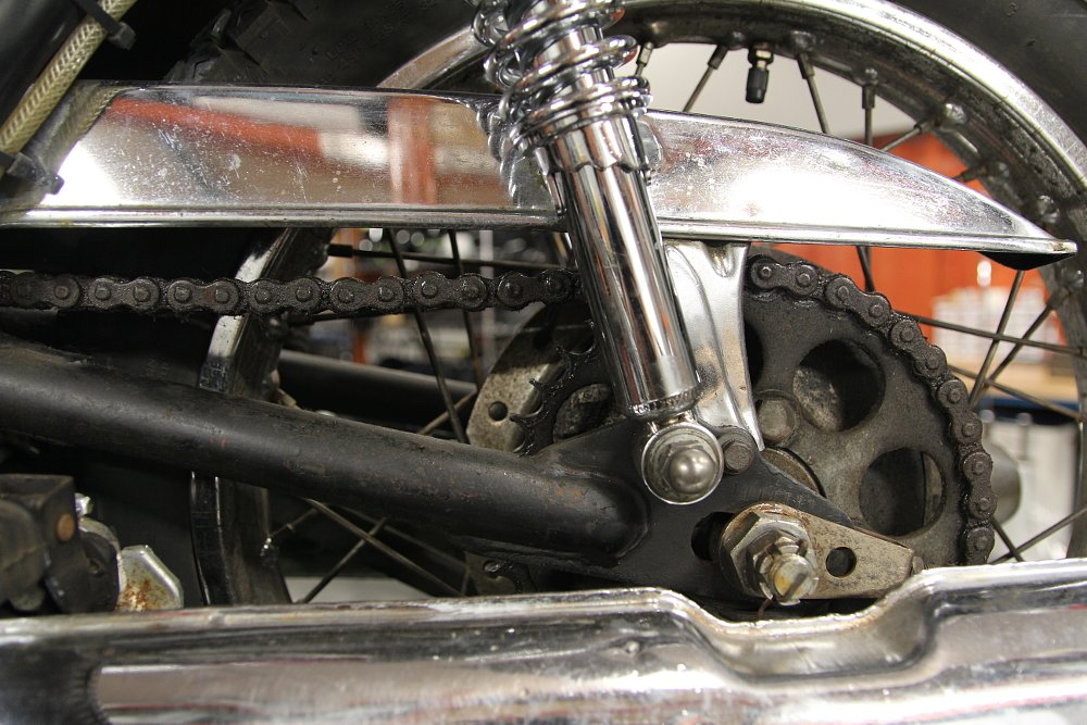 How to determine when your motorcycle chain and sprockets need to be replaced