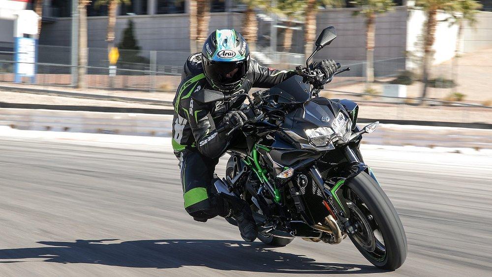 2020 Kawasaki Z H2 first ride review