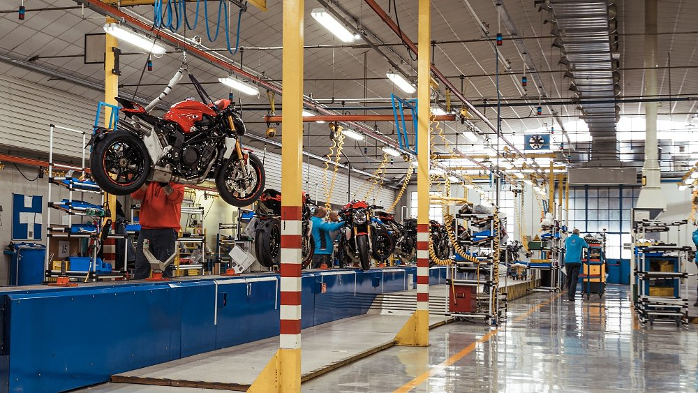 Virus ripples through motorcycle industry as Harley-Davidson, Ducati and others shut down production