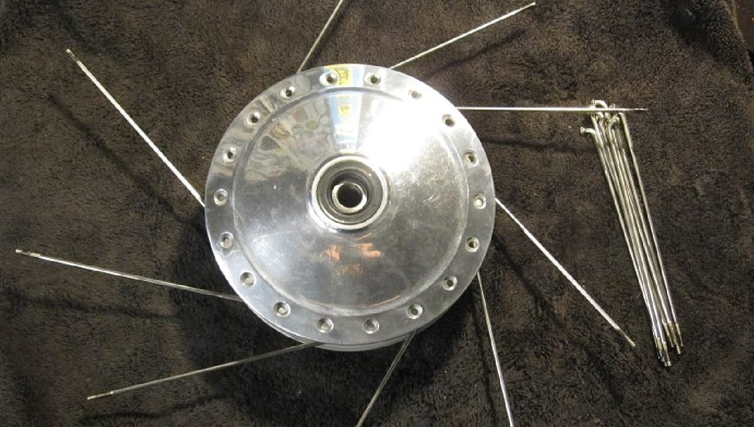 How to lace and true motorcycle wheels
