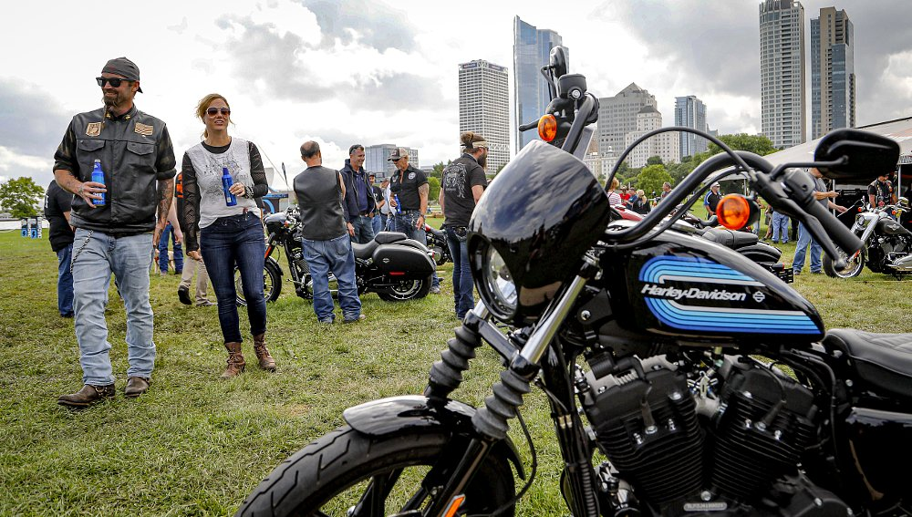 Harley-Davidson reports loss, plans to reduce future models