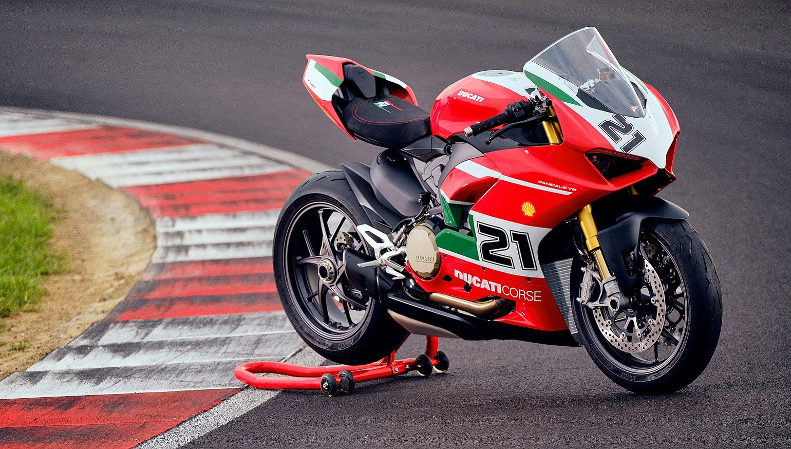 Ducati issues a special edition Panigale V2 to honor Troy Bayliss' first WSBK championship