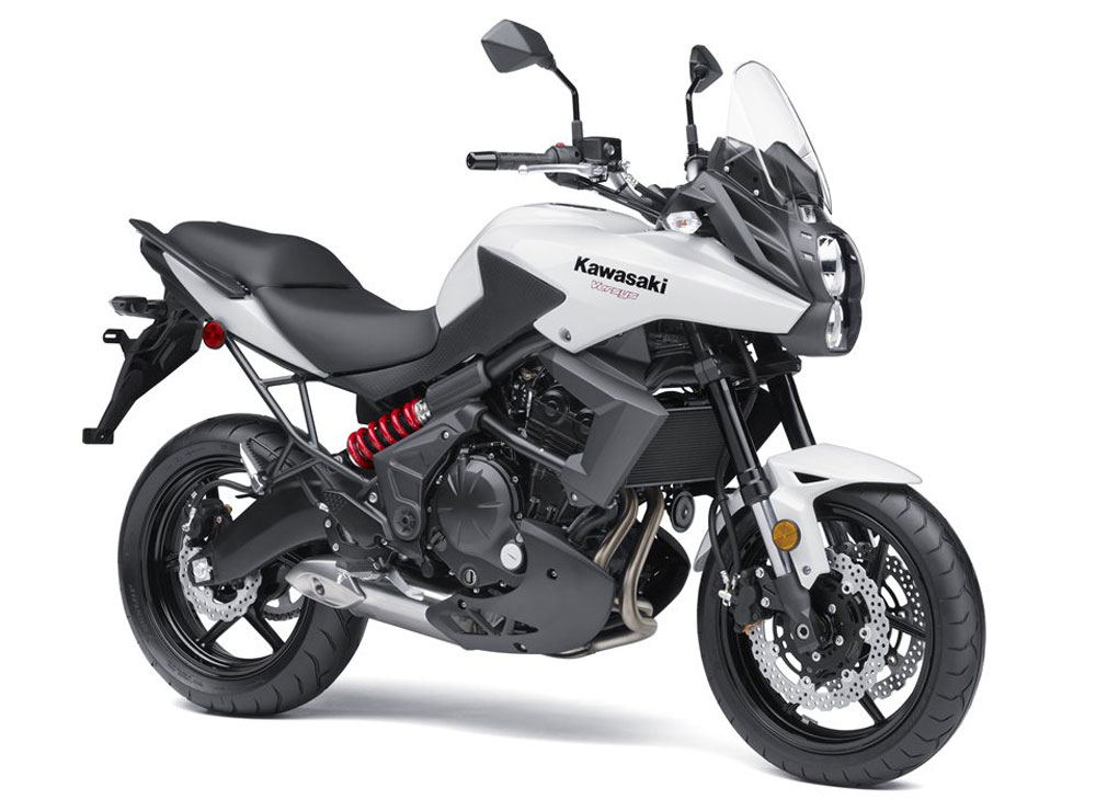 teamzilla tested 2014 kawasaki versys abs review. Black Bedroom Furniture Sets. Home Design Ideas