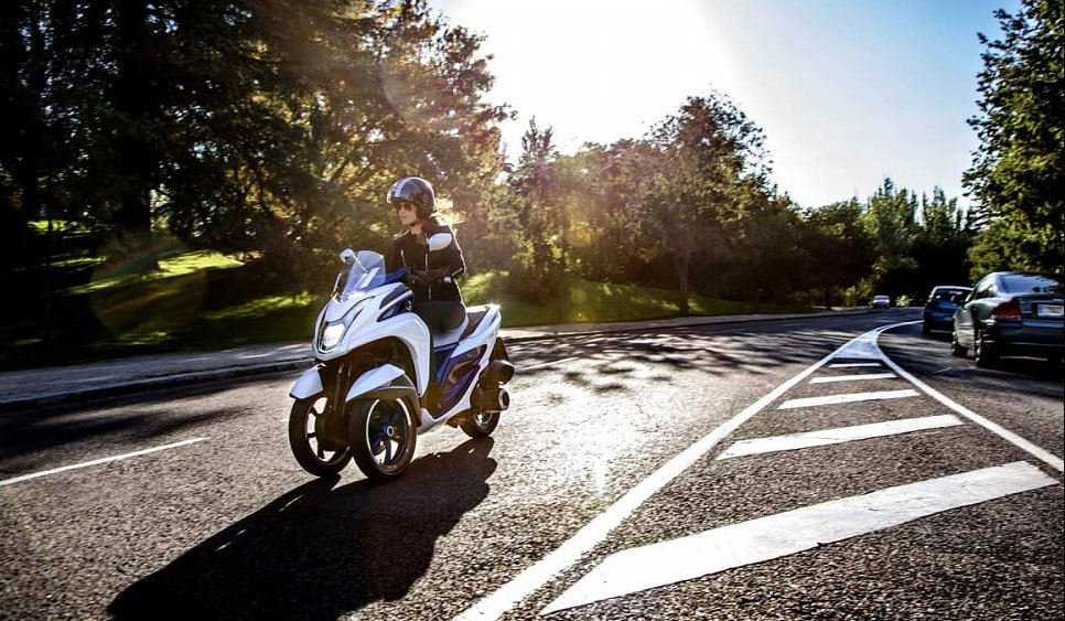 Yamaha's bait and switch: Three wheels, not an R3