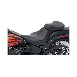 Saddlemen Renegade Deluxe / Heels Down Pillion Seat For Harley Softail 2006-2016