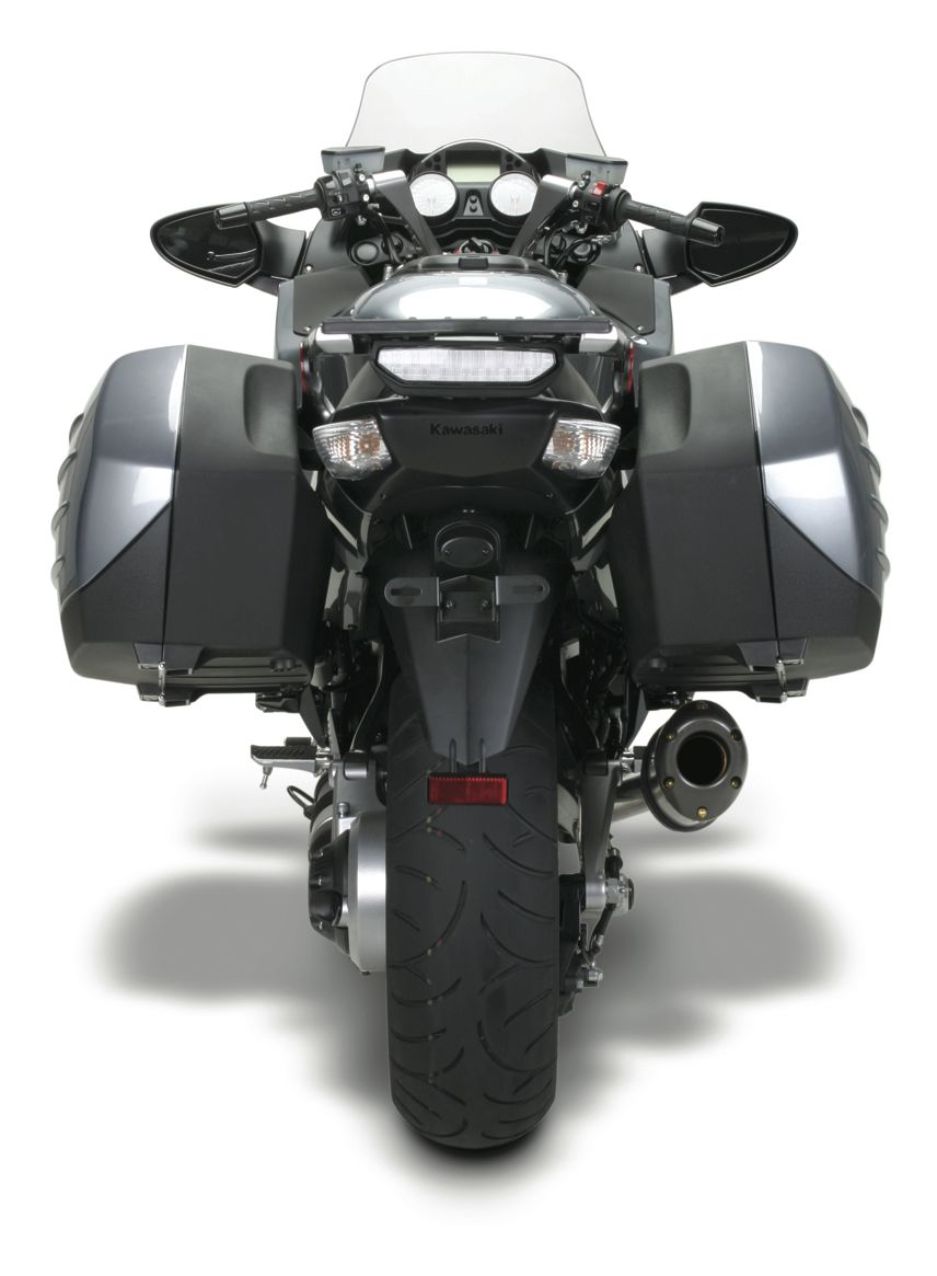 Two Brothers M5 Slip-On Exhaust Kawasaki Concours 14 2008-2019
