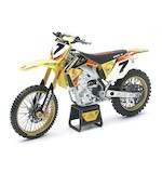 New Ray Toys Yoshimura Suzuki RM-Z450 James Stewart 1:12 Model