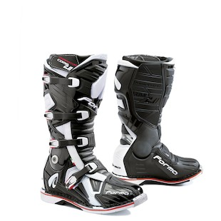 Forma Dominator Comp 2.0 Boots (Color: Black / Size: 45)