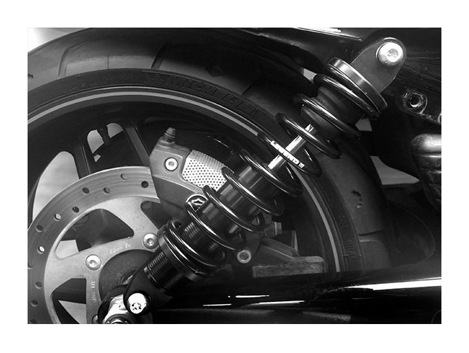 Legend Suspension Revo Coil Shocks For Harley V-Rod 2007-2017