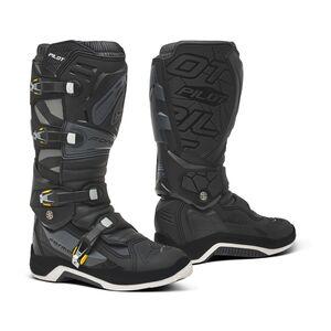 Forma Pilot Boots
